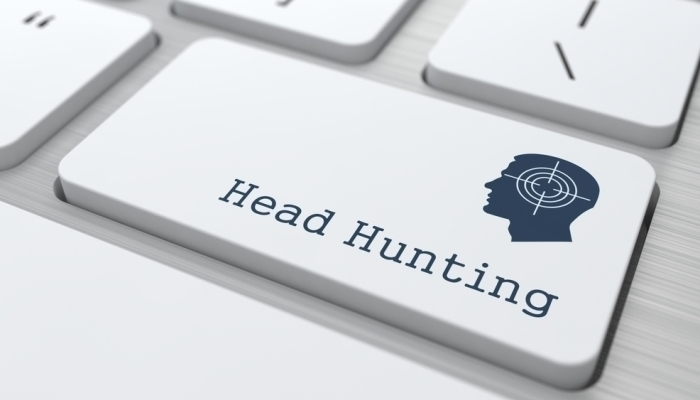 6 Advantages of Hiring C-suite employees through Headhunting companies